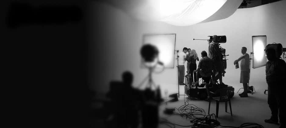 bkg_studio-filming